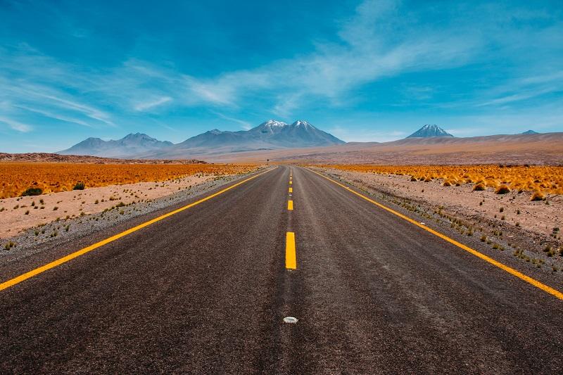 ev-road-trip-usa-route-66-mountains-1
